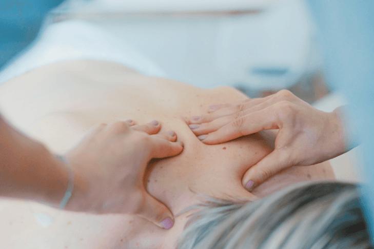 Vielleicht ist es mal wieder Zeit für eine Nackenmassage?