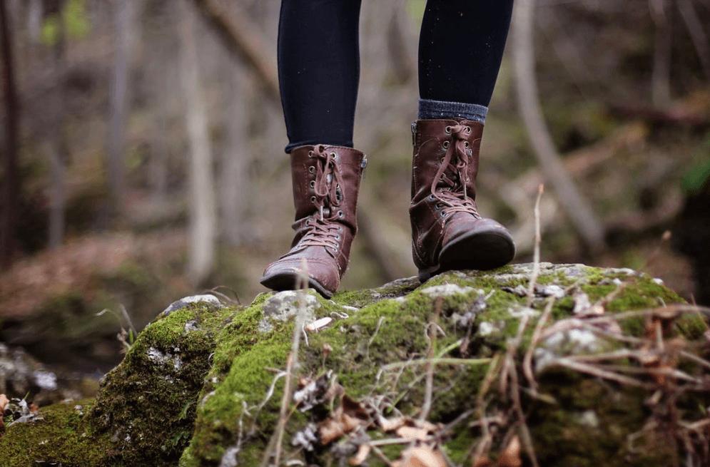 Spaziergänge und der Kontakt zu Mama Natur verstärkt deine Erdung!