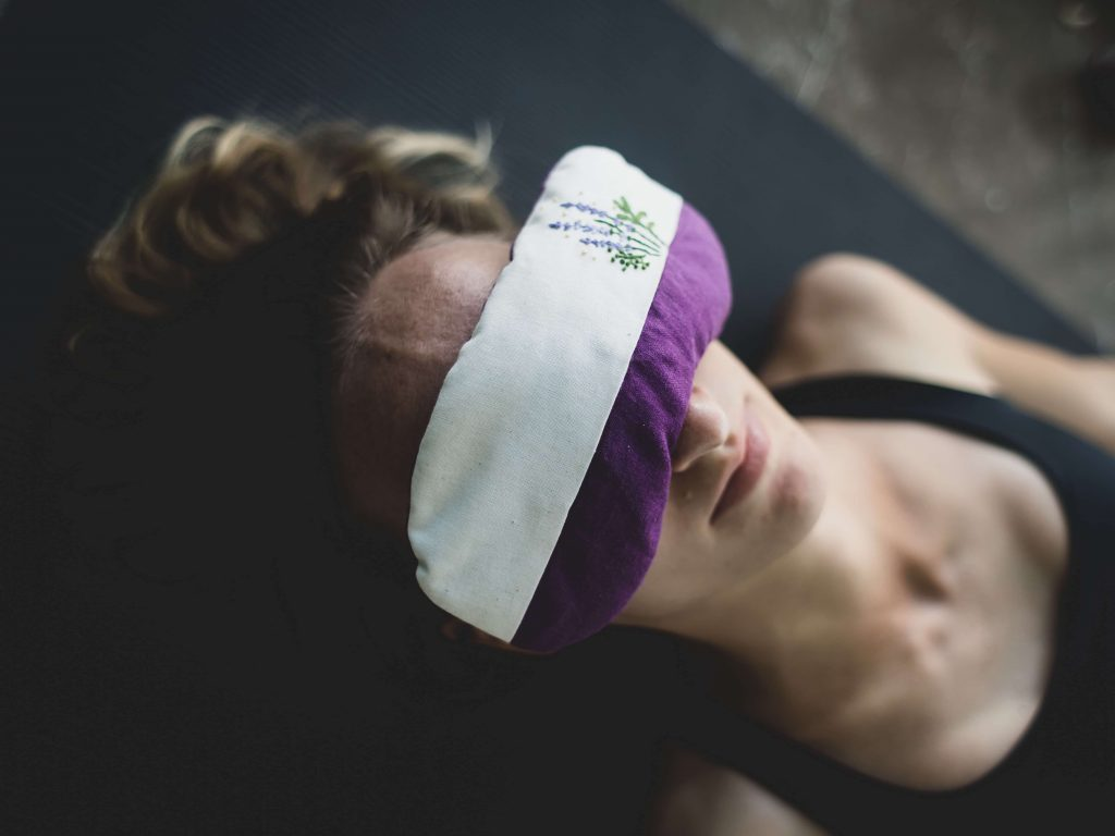 Savasana Endentspannung im Yoga – Anleitung